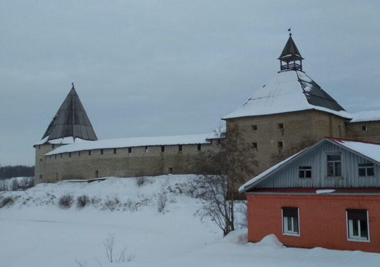 Башни Староладожской крепости