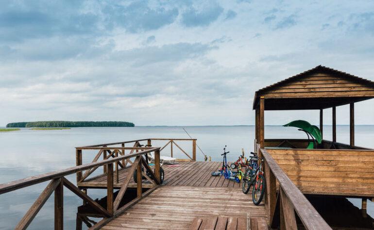 Турбаза Северное сияние на берегу озера Сямозеро