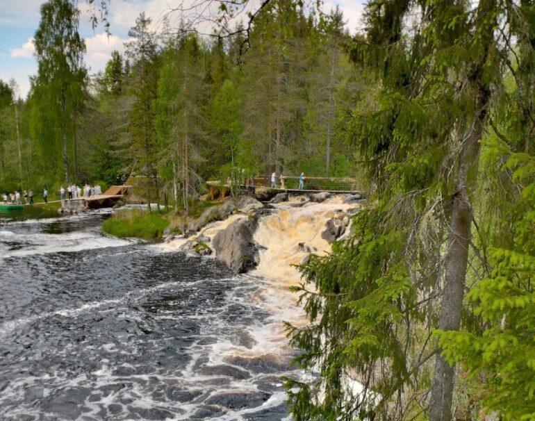 Водопад Ахвенкоски или Ахинкоски